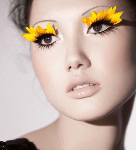 3 Steps to Flirty Eyelashes