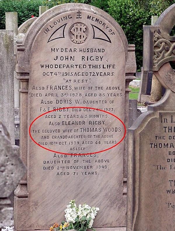 8 Fascinating Stories Behind Cemetery Headstones - Oddee