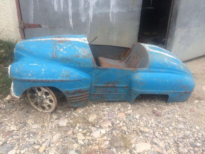 Kid's Pedal Car Restoration 1