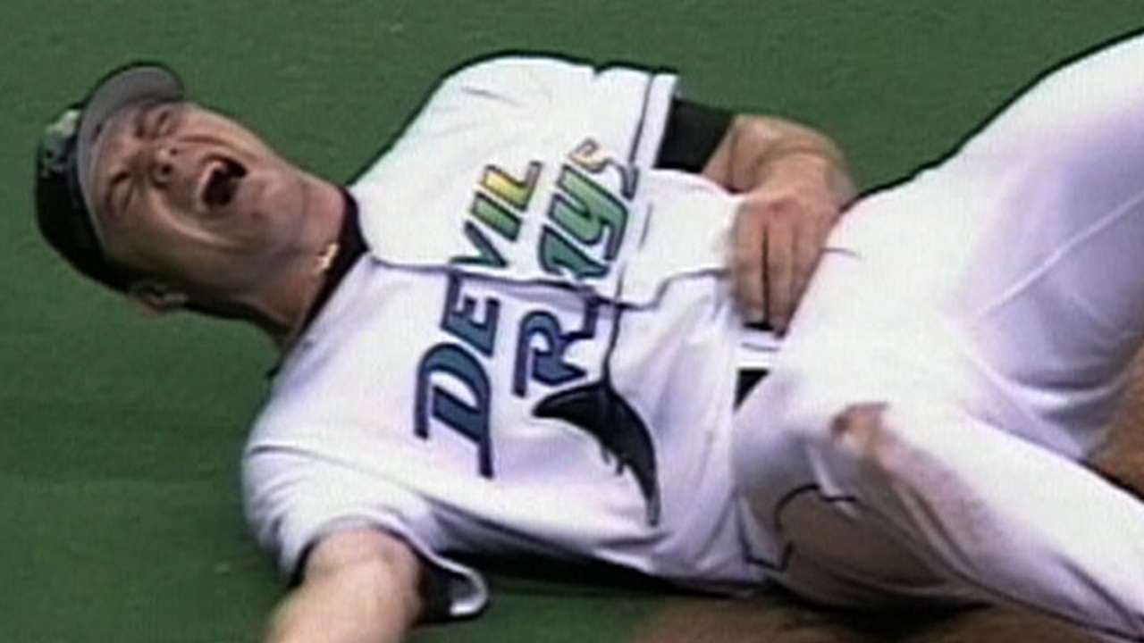 9 Gruesome Sports Injuries That Will Make Your Stomach Turn
