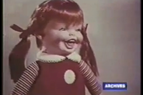 This image has an empty alt attribute; its file name is comercial-1971-baby-laugh-a-lot.jpg