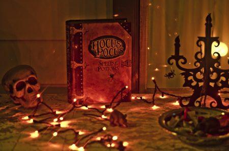 "10 Unbelievable Facts about the Movie ""Hocus Pocus"""