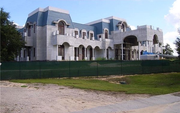 3versailles florida the largest family home ever built in the us