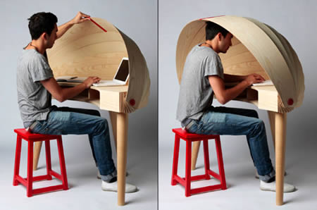 4Retractable Hooded Desk