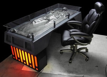 2Han Solo Carbonite Desk