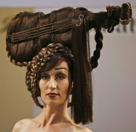 Another 13 craziest hairstyles crazy hairstyle crazy hair oddee another 13 craziest hairstyles urmus Gallery