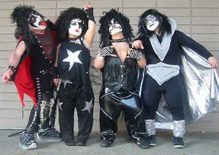 Kiss midget cover band words