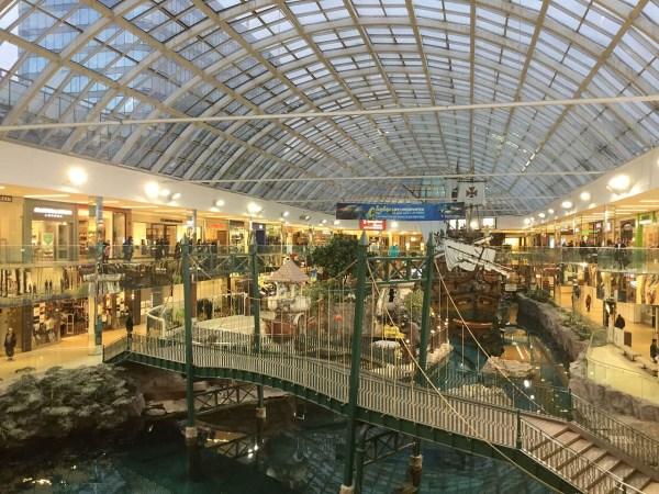 12 Most Amazing Shopping Malls - cool shopping malls ...