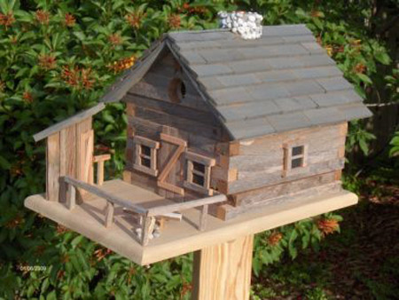 The Design Of This Birdhouse Is Similar To The Log Cabin That Abe Lincoln  Was Born And Raised In. This Type Of Cabin Was Constructed Of Hand Hewn Logs,  ...