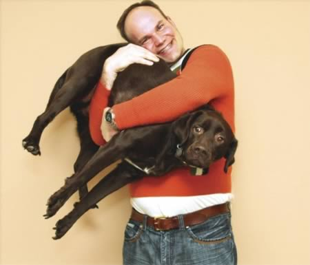 12 Most Embarrassing Family Portraits With Pets