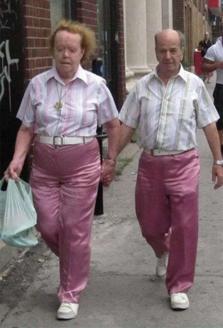 5e4fc9519130 12 Funniest Matching Couples - matching couples - Oddee