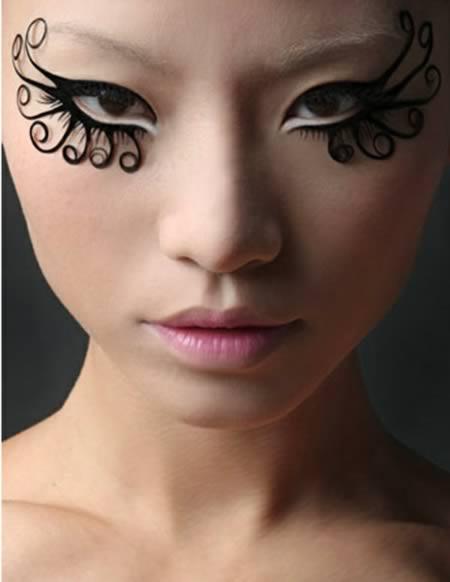 Fashion Makeup: 12 Most Extreme Fashion Makeup Ideas