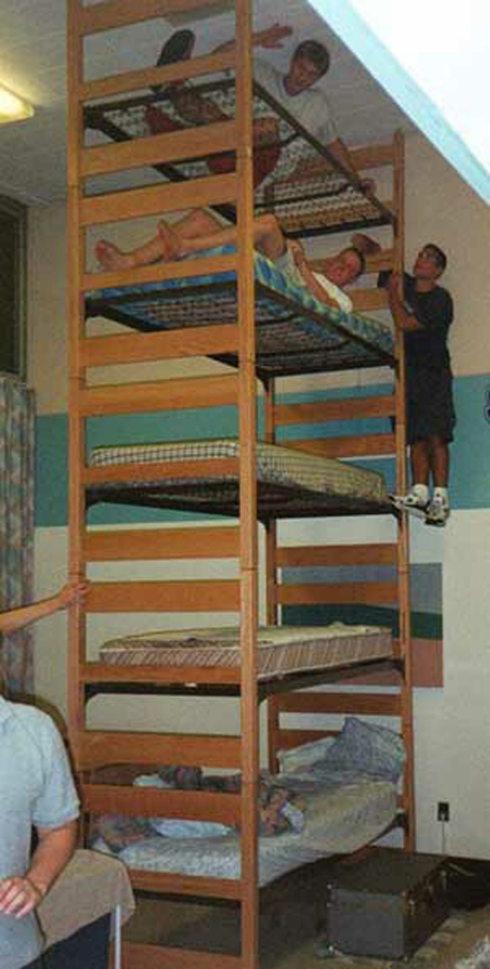 10 Totally Cool Dorm Rooms Part 55