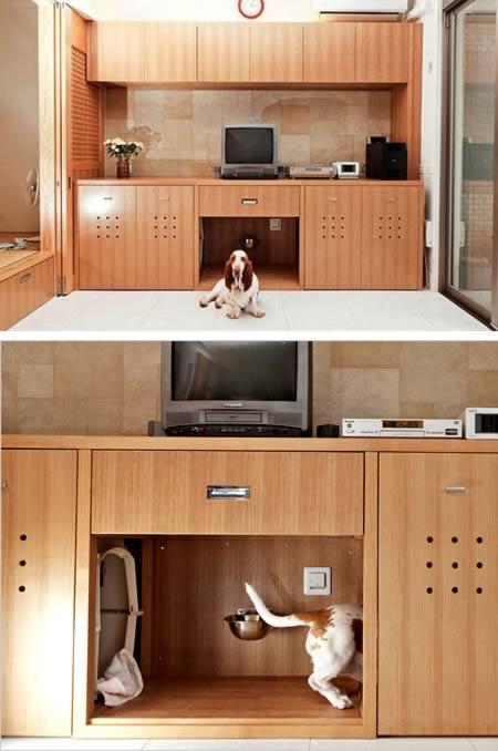 Good In Toru Hiroseu0027s Living Room In Kobe, Japan, His Basset Hound, Marco, Has A  Hidden Snack Bar, Restroom And Nap Space.