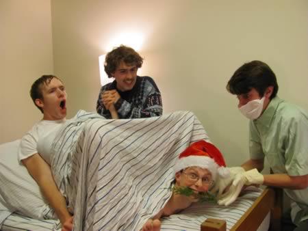 15 hilarious christmas card photos funny christmas cards funny 15 hilarious christmas card photos m4hsunfo