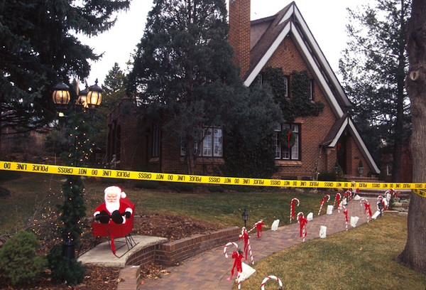 10 Murder Houses That People Still Live In