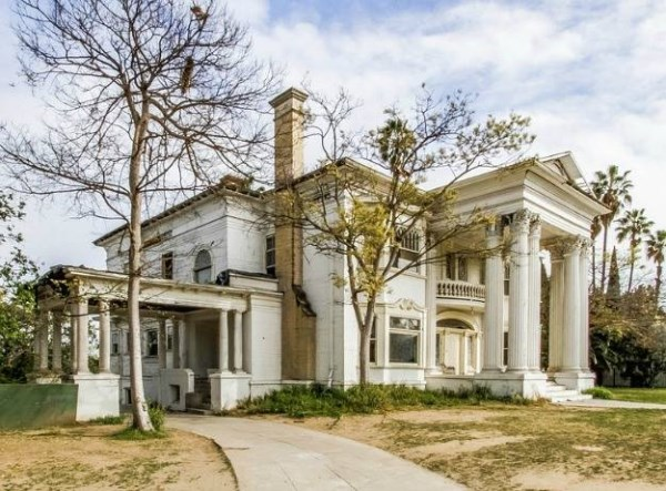 9 More Creepy Abandoned Mansions - Oddee