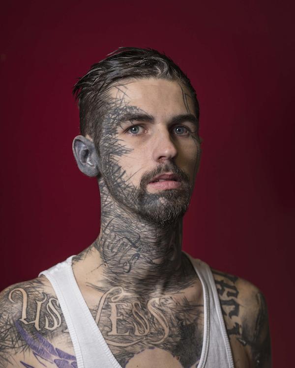 9 Unbelievable Face Tattoos - Oddee