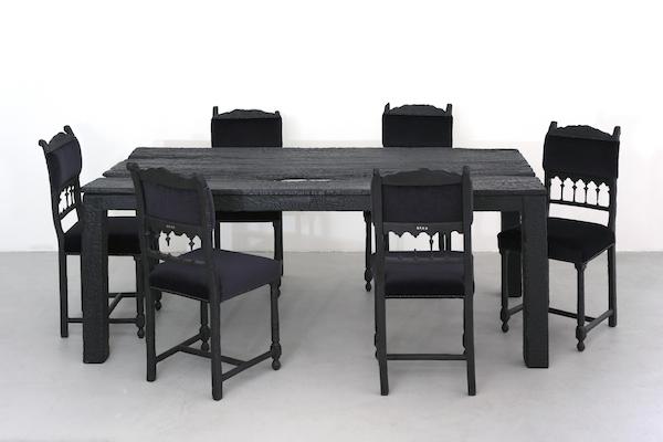 Cute Smoke Table u Chairs
