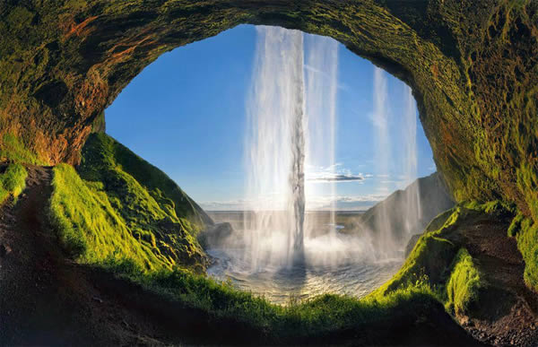 9 amazing photos from behind waterfalls oddee