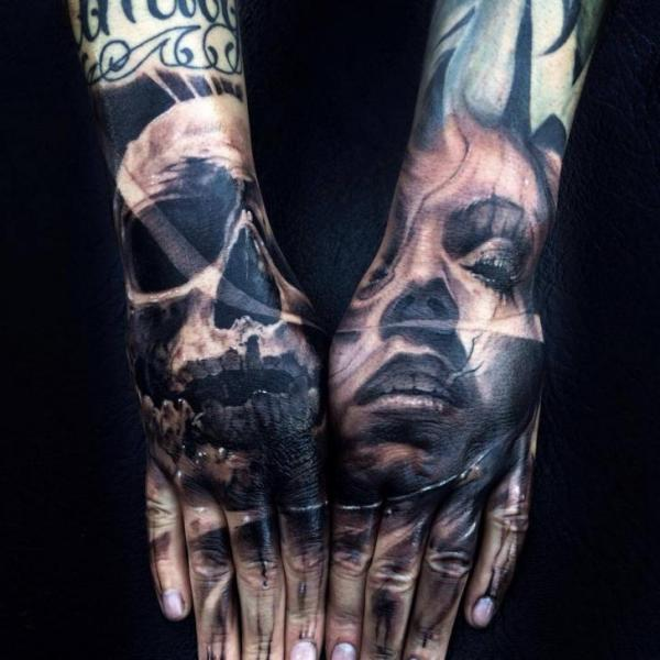 Tattoo Articles: 15 Awesome Hand Tattoos