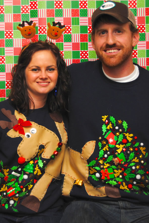 12 Hilarious Ugly Christmas Sweaters For Couples