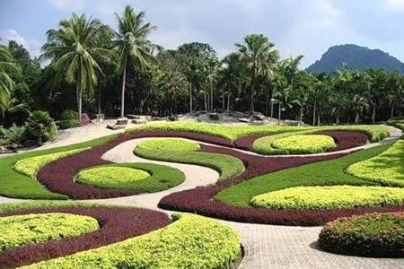 Beautiful Flower Gardens Of The World 10 most breathtaking gardens in the world - great gardens, amazing