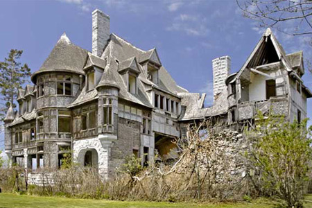Cheap Mansions For Sale In Usa abandoned mansions: 10 creepy abandoned mansions - oddee
