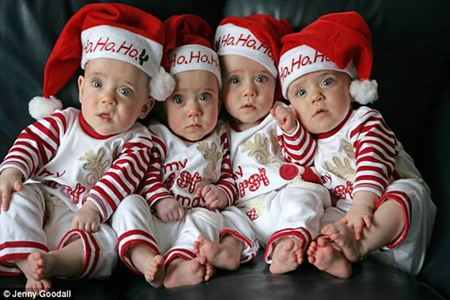 12 Cutest Photos Of Quadruplets And Quintuplets Oddee